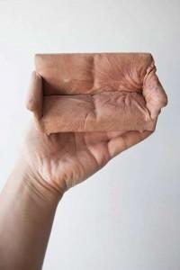 Canapele de piele de om