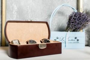 cutie ceasuri ilux