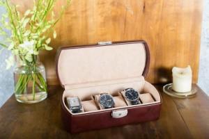 cutie ceasuri ilux2