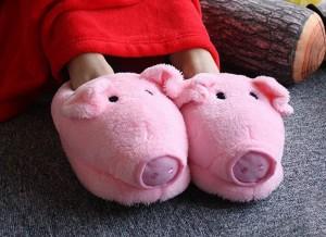Papuci-de-casa-porcusor-2