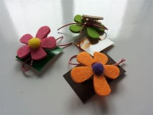 flori pentru flori dar cu.. clestisori - 4.5 lei buc (2)