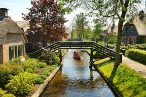 Giethoorn, mica Veneție a Olandei: destinație de city break sau de retras la pensie :)