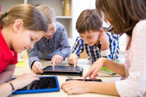 Se caută școli din mediul rural care să primească tehnologie modernă pentru un proces mai bun de învățare (p)