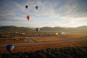 Zbor cu balonul cu aer cald și lansare de roman în zbor! (Maramureș Balloon Fiesta)