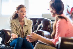 O listă de terapeuți, psihologi și logopezi recomandați pentru adulți și copii în România