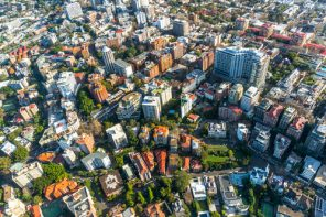 Apartament în oraș sau casă în suburbii? (p)