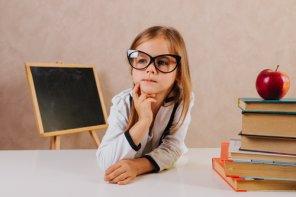 Joaca de-a limba inventată, soluție pentru a sprijini copilul în procesul de adaptare