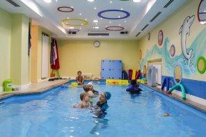 Club acvatic pentru bebeluși și salină artificială în București