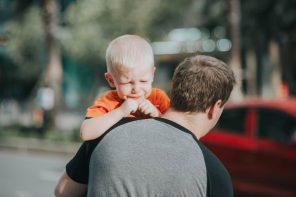 Cititoarele întreabă: Cât o să mai plângă copilul la grădiniță/creșă?